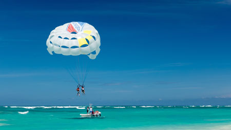 Parasailing travel insurance